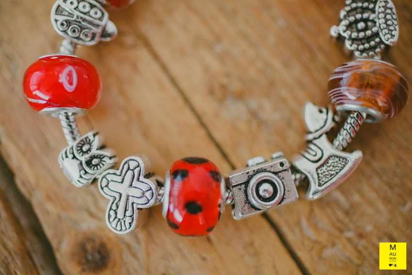 bracciale charms rosso